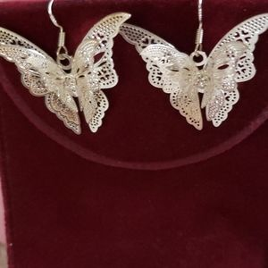 Silver lace 3D Earings French hook NWOT